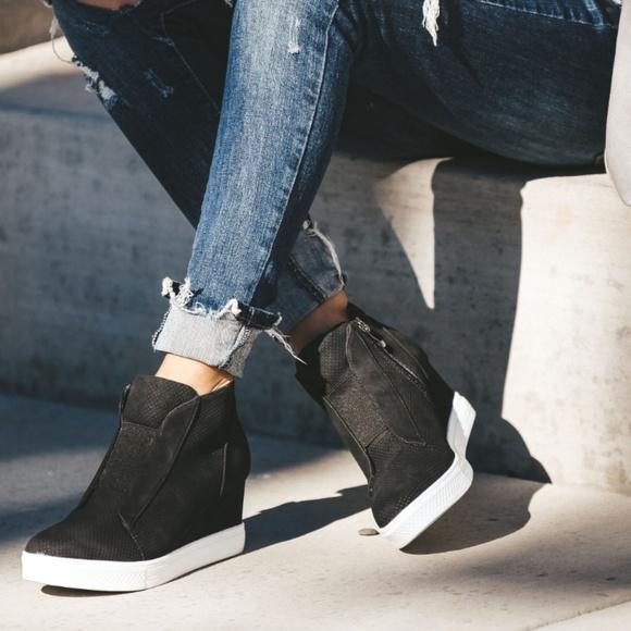 Town Faux Suede Wedge Sneaker Black